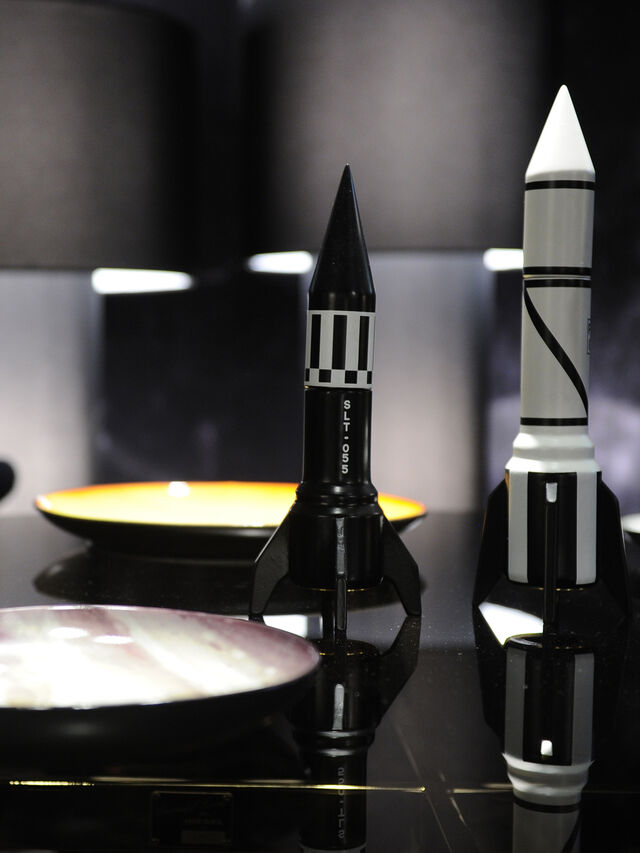 Living 10968 COSMIC DINER, Black - Home Accessories - Image 3