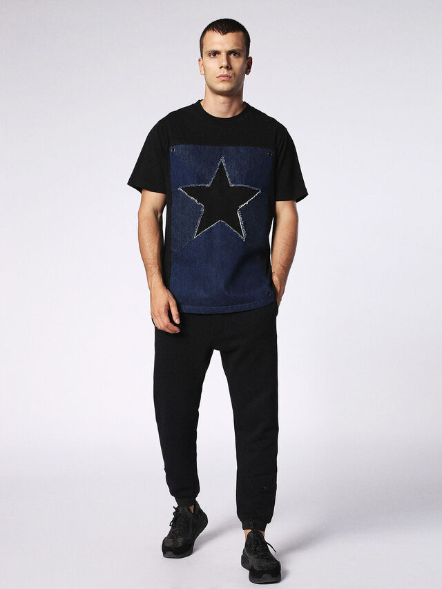 T-DEN-STAR, Black