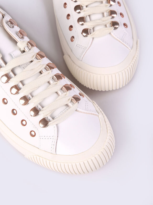 S-MUSTAVE LC W, White