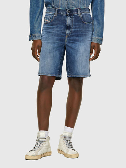 Diesel - D-STRUKT-SHORT, Medium blue - Shorts - Image 1