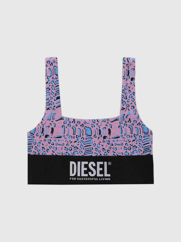 https://se.diesel.com/dw/image/v2/BBLG_PRD/on/demandware.static/-/Sites-diesel-master-catalog/default/dw5883414e/images/large/A01952_0TBAL_E5366_O.jpg?sw=594&sh=792