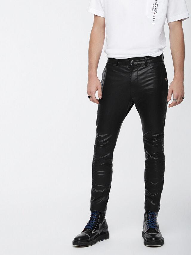 P-MONTE-L, Black Leather