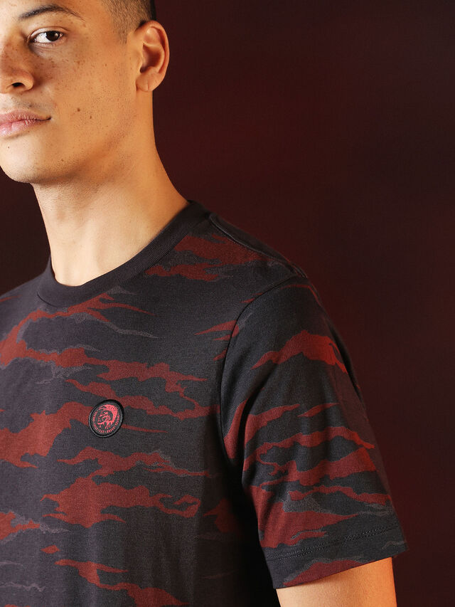 DVL-TSHIRT-CAMU-SPECIAL COLLECTION,