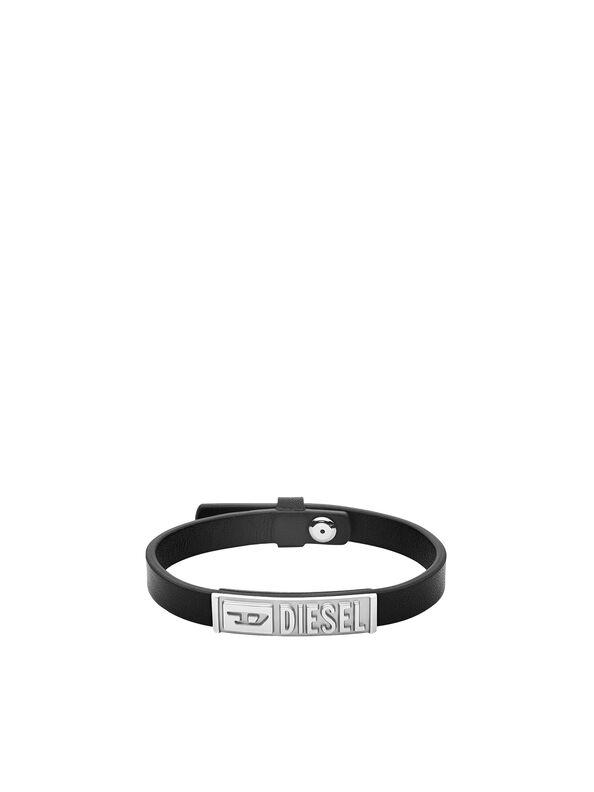 https://se.diesel.com/dw/image/v2/BBLG_PRD/on/demandware.static/-/Sites-diesel-master-catalog/default/dw895c5118/images/large/DX1226_00DJW_01_O.jpg?sw=594&sh=792