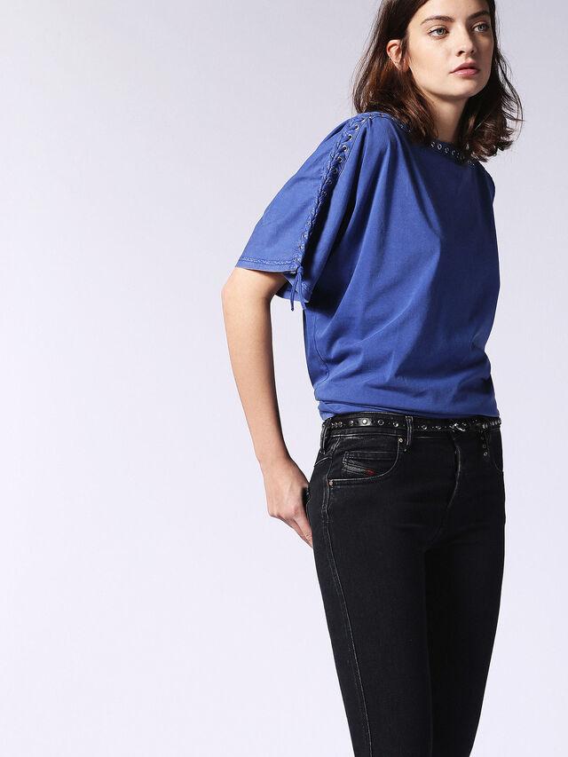 T-LEOX-A, Brlliant blue