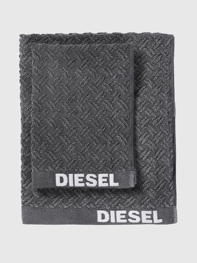 Diesel - 72296 STAGE,  - Bath - Image 1