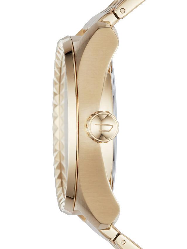 DZ5531, Gold